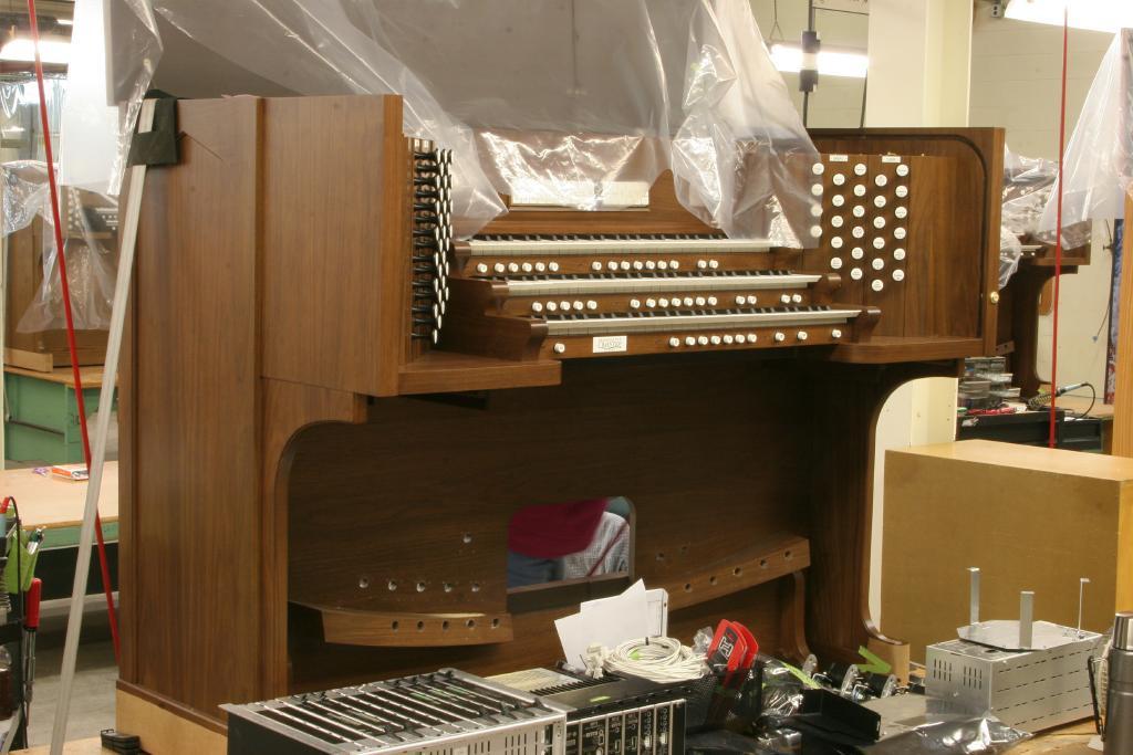 Royal English College - Allen Organ Q-350